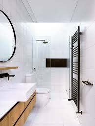 Appealing Modern Design Pictures Gallery Master Mirrors Decorating ... Superior Haing Bathroom Mirror Modern Mirrors Wood Framed Small Contemporary Standard For Bathrooms Qs Supplies High Quality Simple Low Price Good Design Mm Designer Spotlight Organic White 4600 Inexpensive Spectacular Ikea Home With Lights Creative Decoration For In India Ideas William Page Eclipse Delux Round Led Print Decor Art Frames