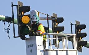 drivers say led traffic signal lights in newport news are to