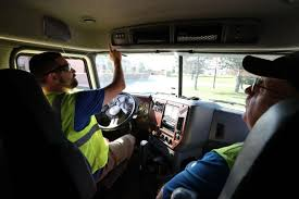 100 Truck Driver Average Salary The Median Annual Salary For This Job Is 42480 So Why Can