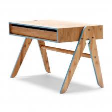 bureau enfant design bureau enfant geo bleu we do wood pour chambre enfant les