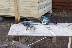 Shed Bench by 5 Things The Best Shed Work Benches Have In Common