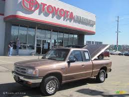 100 1994 Mazda Truck Medium Mocha Metallic BSeries B4000 LE Extended
