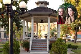 100 Gilmore Girls House Plan Revival EW Goes Inside Stars Hollow EWcom