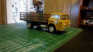 AMT/ERTL Ford C-600 Stake Truck - YouTube Bigfoot Amt Ertl Monster Truck Model Kits Youtube New Hampshire Dot Ford Lnt 8000 Dump Scale Auto Mack Cruiseliner Semi Tractor Cab 125 1062 Plastic Model Truck Older Models Us Mail C900 And Trailer 31819 Tyrone Malone Kenworth Transporter Papa Builder Com Tuff Custom Pickup Photo Trucks Photo 7 Album Ertl Snap Fast Big Foot Monster 1993 8744 Kit 221 Best Cars Images On Pinterest