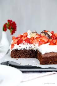 erdbeer schoko kuchen mit schokokuss sahne