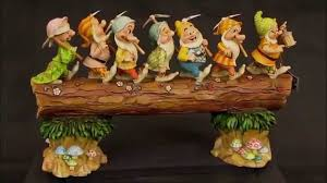 Jim Shore Halloween Uk by Disney Traditions Homeward Bound Dwarfs Figurine Snow White