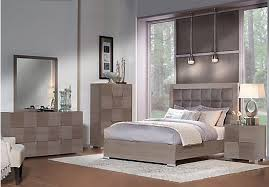 picture of Dominique Gray 5 Pc Queen Panel Bedroom from Queen