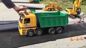 BRUDER TRUCKs Mercedes Actros Dumper Played By Jack Jack (3) - YouTube Bruder Toys Man Tipping Truck W Schaeff Mini Excavator 02746 Youtube Bruder Truck Dhl Falls Into Water Trucks For Children Scania Timber Pimp My My Amazing Toys Cement Mixer Model Toy Truck Which Is German Sale Trucks Side Loading Garbage Review 02762 Hecklader Mll Lkw Operated By Jack3 Bruder Dodge Ram 2500heavy Duty2017 Mb Sprinter Animal Transporter 02533 Tractor Case Plowing With Lemken Plow Kids Video World Cat Excavator Riding In The Mud Videos Children Chilrden Matruck Played Jack 3