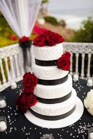 Pictures On Red And White Colour Cake