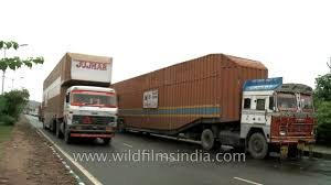 Maruti Container Trucks For Ferrying Cars - YouTube