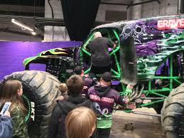 100 Picture Of Monster Trucks Student Battling Cancer Gets Upclose Look At Favorite Monster Trucks
