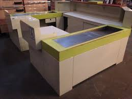 caisse de bureau meuble caisse d accueil forme en u comptoir agencement
