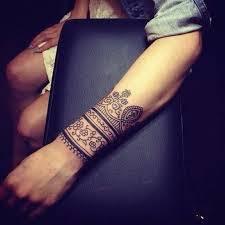 Girl Armband Tattoo Idea