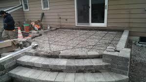 concrete patio appleton wi hardscapes appleton neenah earthscape landscaping