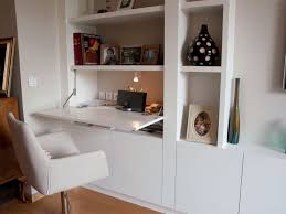 bureau discret aménager un coin bureau dans un salon salons bureaus and living