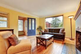 wohnzimmer wand streichen welche farbe eignet sich