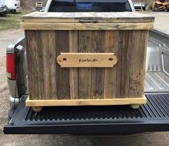 The 25 Best Pallet Toy Boxes Ideas On Pinterest Storage Chest
