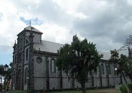 le port la reunion église sainte jeanne d arc ville du port île de la réunion
