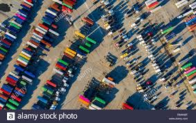 100 Shipping Containers California Containers In The Port Of Oakland USA Stock