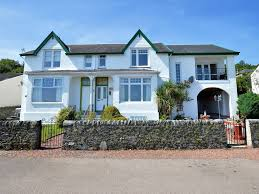 100 Kames House Stylish Shorefront Scottish Villa With Sea Views And Two Balconies In Tighnabruaich Argyll