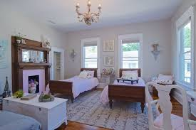 Furniture Mart Jacksonville Fl for a Traditional Living Room with