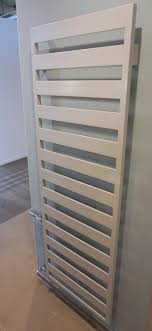 kermi casteo designheizkörper 600x1806mm mattbronze metallic badheizkörper ctn1m180060wxxk