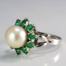 100 Pearl Design Flower Emerald Cocktail Ring SZ 725