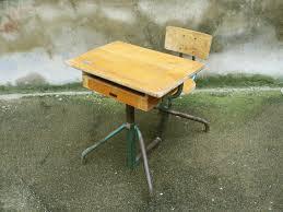bureau ecolier en bois pupitre bureau écolier réglable bois métal matco style jean prouvé