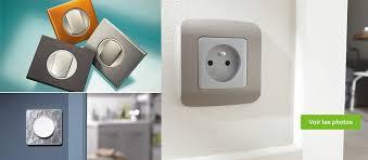 interrupteur et prise électrique encastrable composable à