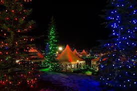 Twinkling Christmas Tree Lights Canada by Places To See Christmas Lights In Calgary Area