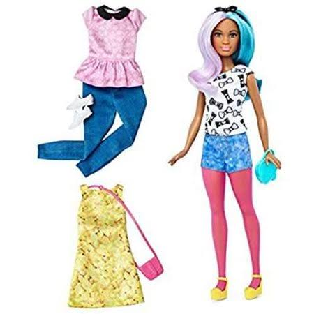 Barbie Fashionista Petite Doll
