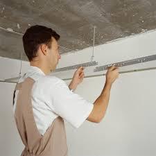 monter un plafond en plaque de plâtre sur ossature métallique