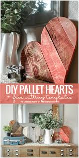 These DIY Rustic Pallet Wood Hearts Are The Perfect Scrap Project Use Free Templates