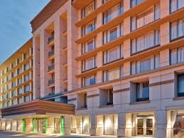 Holiday Inn Chicago Oakbrook Hotel by IHG