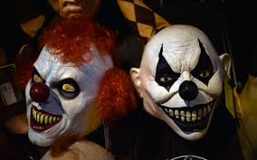 Halloween Purge Mask Uk by Police Warn Of Zero Tolerance Approach To U0027killer Clowns U0027 Ahead Of