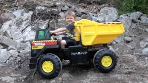 The Tonka 12v Mighty Dump Truck Youtube Inside Power Wheels Dump ... Single Axle Freightliner Dump Truck Youtube Bobcat A770 Loading Kids Video 1979 Ford F600 Truck New Video By Fun Academy On Trucks For Kenworth T880 Mack Granite Dump 1990 Gmc Topkick 100 Sold United Exchange Usa Inspiring Pictures Of A 21799 Lanl Debuts Hybrid Garbage My Ford F150 In The Mud Pulling Out A Stuck Euclid