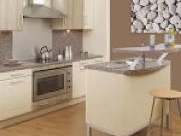 couleur murs cuisine couleur mur cuisine ivoire par photosdecoration