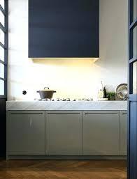 cuisine taupe quelle couleur pour les murs meuble cuisine couleur taupe une cuisine taupe modernisace avec du