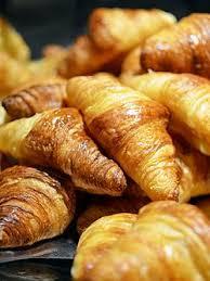 Croissants Au Beurre 18953292873