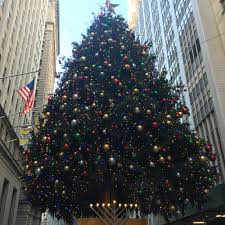 Charlie Brown Christmas Tree Sale Walgreens by Christmas Time In New York U2014 Mglt