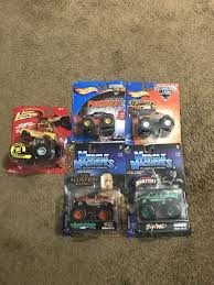 1:64 DIECAST MONSTER Trucks Hot Wheels ,muscle Machines, Johnny ... 2015 Hot Wheels Monster Jam Bkt 164 Diecast Review Youtube Intended European Trucksdhs Colctables Inc Sd Trucks Greenlight Colctibles Loblaws Die Cast Tractor Trailer Complete Set Of 5 Bnib Model Trucks Diecast Tufftrucks Australia Home Bargains Suphauler Model Car Colctable Kids Highway Replicas Livestock Mack Road Train Blue White 1953 Studebaker 2r Truck Orange Castline M2 1122834 Scale Chevy Boss Company Dcp 33797c O Pete Peterbilt 389 Semi Cab 1 64 Of 9 Greenlight Toy For Sale Ebay Saico Ty3126 Volvo Fh12 Curtainside Eddie Stobart