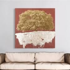 goldener baum auf rot