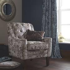 recouvrir un fauteuil club les tissus d ameublement pour tapisser les fauteulis vendus par la