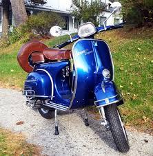 Vintage Vespa Sprint Blue