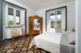 schlafzimmer mit ausblick sizilien fewo de