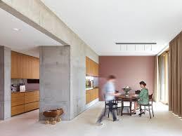 architektenhäuser halboffener küchen und essbereich bild