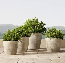 32 Stylish Outdoor Planters To Perk Up Your Garden Or Patio Photos