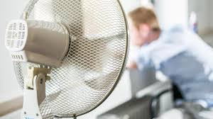 hitzewelle so nutzt einen ventilator richtig