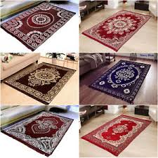 Chenille Carpet by Warmland Premium Washable Anti Allergic Floral Chenille Carpet