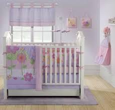 chambre enfant violet la peinture chambre bébé 70 idées sympas